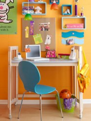 Kids room wall decoration for study area
