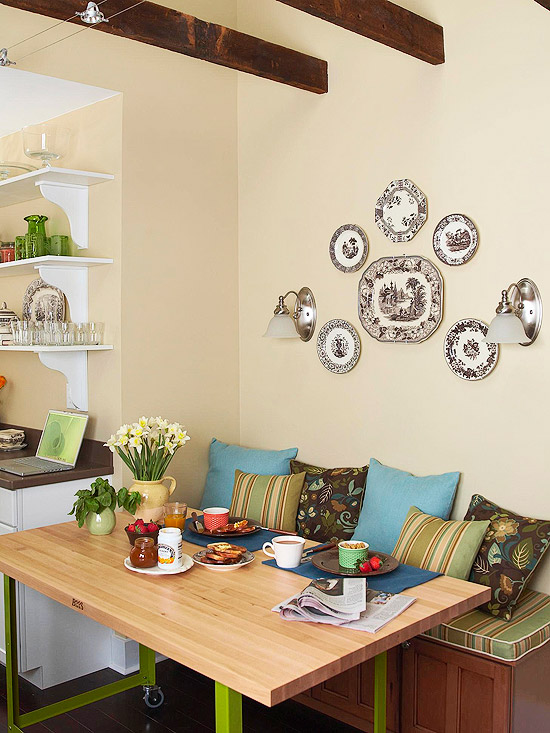 Symmetrical Plate wall art