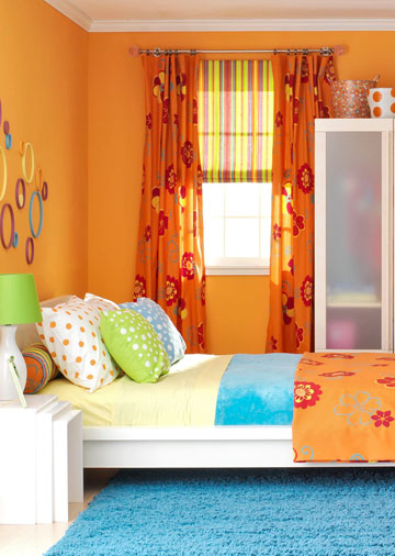 Teen room wall decoration