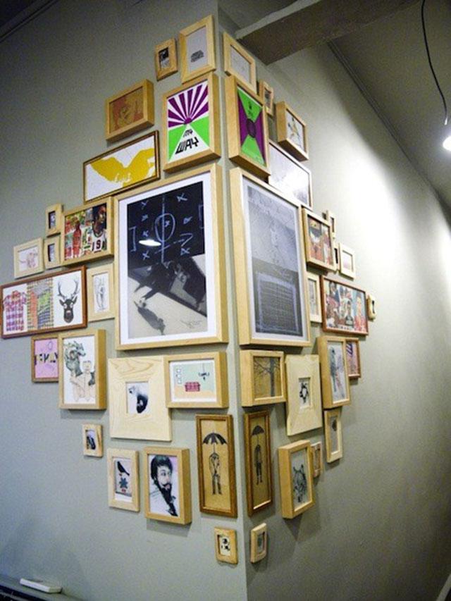 Corner frames wall decoration