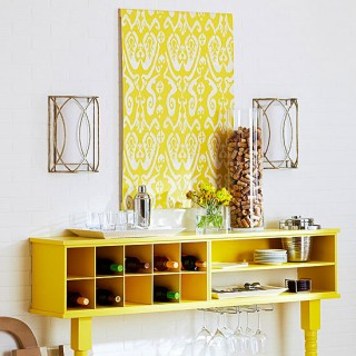 Stencil wall decoration